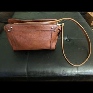 Ana crossbody bag